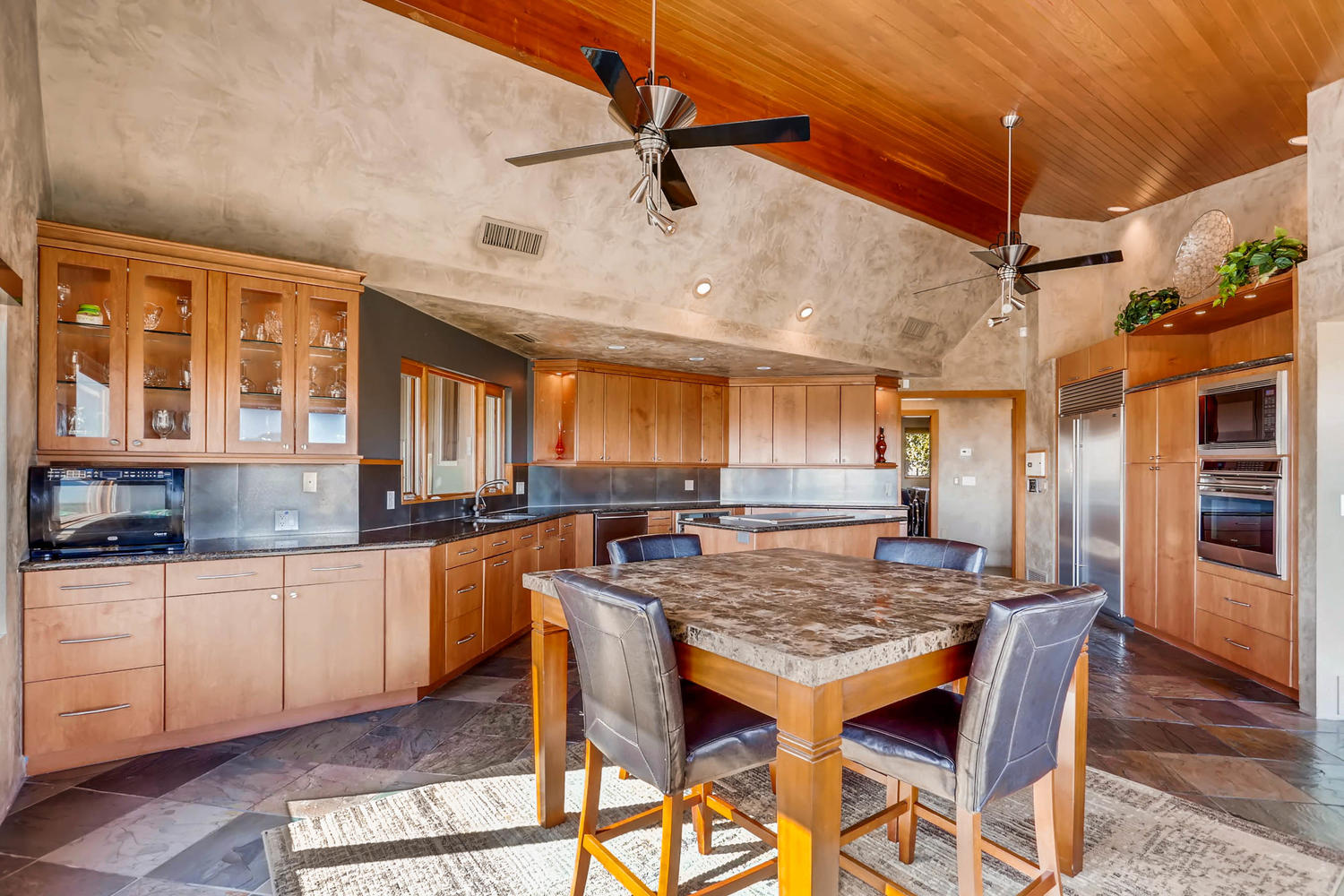 Views from Four Peaks to Town-large-010-12-Kitchen-1500x1000-72dpi